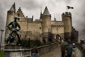From Brussels: Antwerp & Mechelen Guided Bus Trip