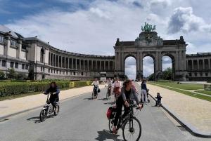 Highlights and Hidden Gems Guided Bike Tour