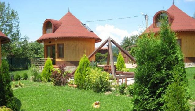 Eco Village Azareya