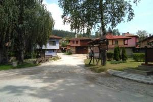 From Sofia: Full-Day Plovdiv & Koprivshtitsa Private Trip