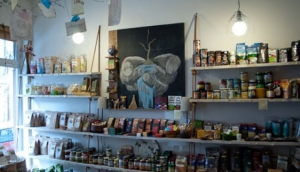Inke Tinke (Sun and Moon Organic Shop)
