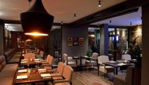Oppium Restaurant & Garden