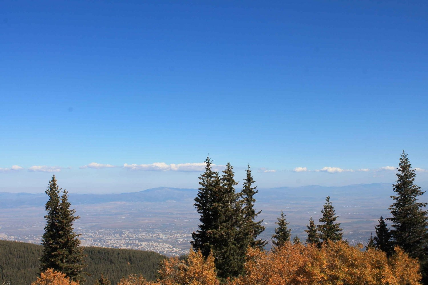 Private Heritage and Hiking Tour in the Vitosha Mountain