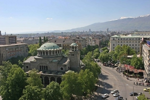 Sofia by Night: Panoramic City Tour and Folklore Dinner