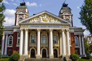 Sofia: Evening City Tour with Folklore Dinner