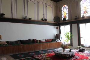 Sofia: Full-Day Hiking to Rozhen Monastery & Melnik