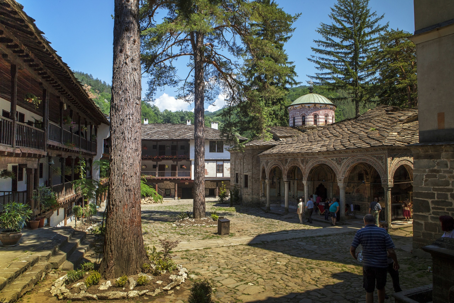 Sofia: Full Day Trip to Troyan Monastery With Lunch