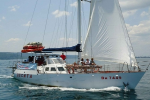 Varna: 5-Hour Black Sea Cruise With Lunch and Drinks
