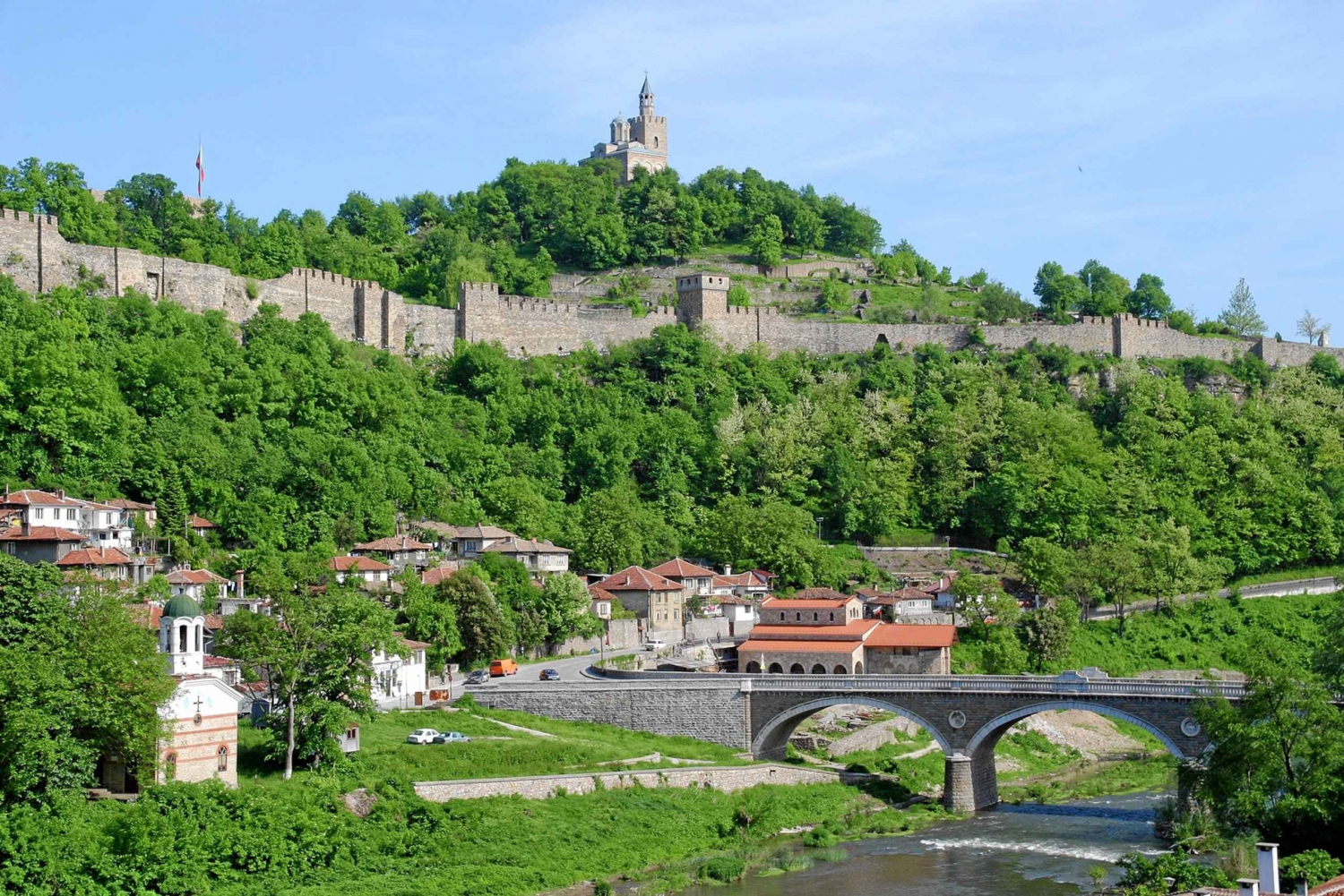Veliko Tarnovo and Hotnitsa Waterfall Full-Day Tour