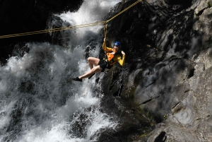 Cairns: 6-Hour Canyoning Tour to Crystal Canyon