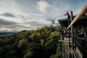 Cairns: Rainforest Bungee Jump and Giant Swing
