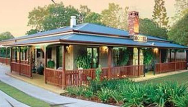 Curtain Fig Motel