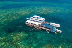 Outer Great Barrier Reef Pontoon with Activities