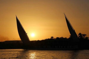 Cairo: 1 or 2-Hour Felucca Ride on the Nile with Transfers