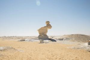 Cairo: 2-Day Bahariya Oasis Camp and Desert Tour