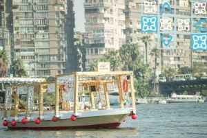 Cairo: 2-Hour River Nile Cafelluca Cruise with Meals