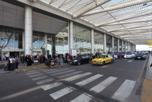 Cairo Airport: Private Transfer and Optional Local SIM Card