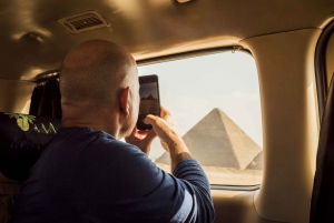 Cairo: Egyptian Museum, Pyramids & Bazaar Private Tour