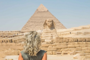 Cairo: Female Guided Pyramids, Museum & Bazaar Private Tour