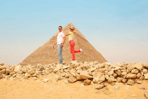 Cairo: Private Half-Day Pyramids Tour with Photographer