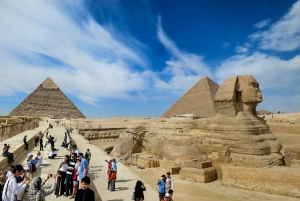 Cairo: Pyramid Tour, Boat Ride and Lunch at Cafelucca