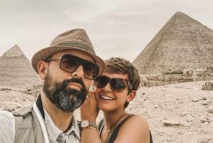 Cairo: Pyramids, Museum Visit & Dinner Cruise Combo
