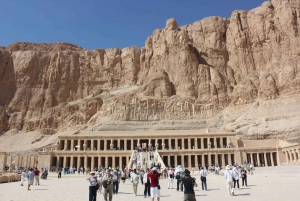 From Cairo: Private All-Inclusive Tour of Luxor by Plane