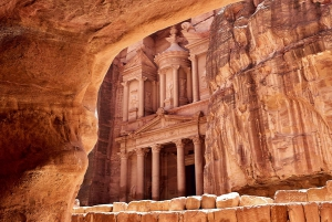 From Eilat: 3-Day Petra & Cairo Guided Trip with Hotel Stay
