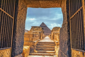 From Hurghada: Full-Day Cairo Tour by Elite Shared Bus
