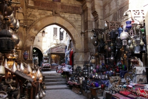 From Hurghada: Private Day Trip to Cairo with Meals