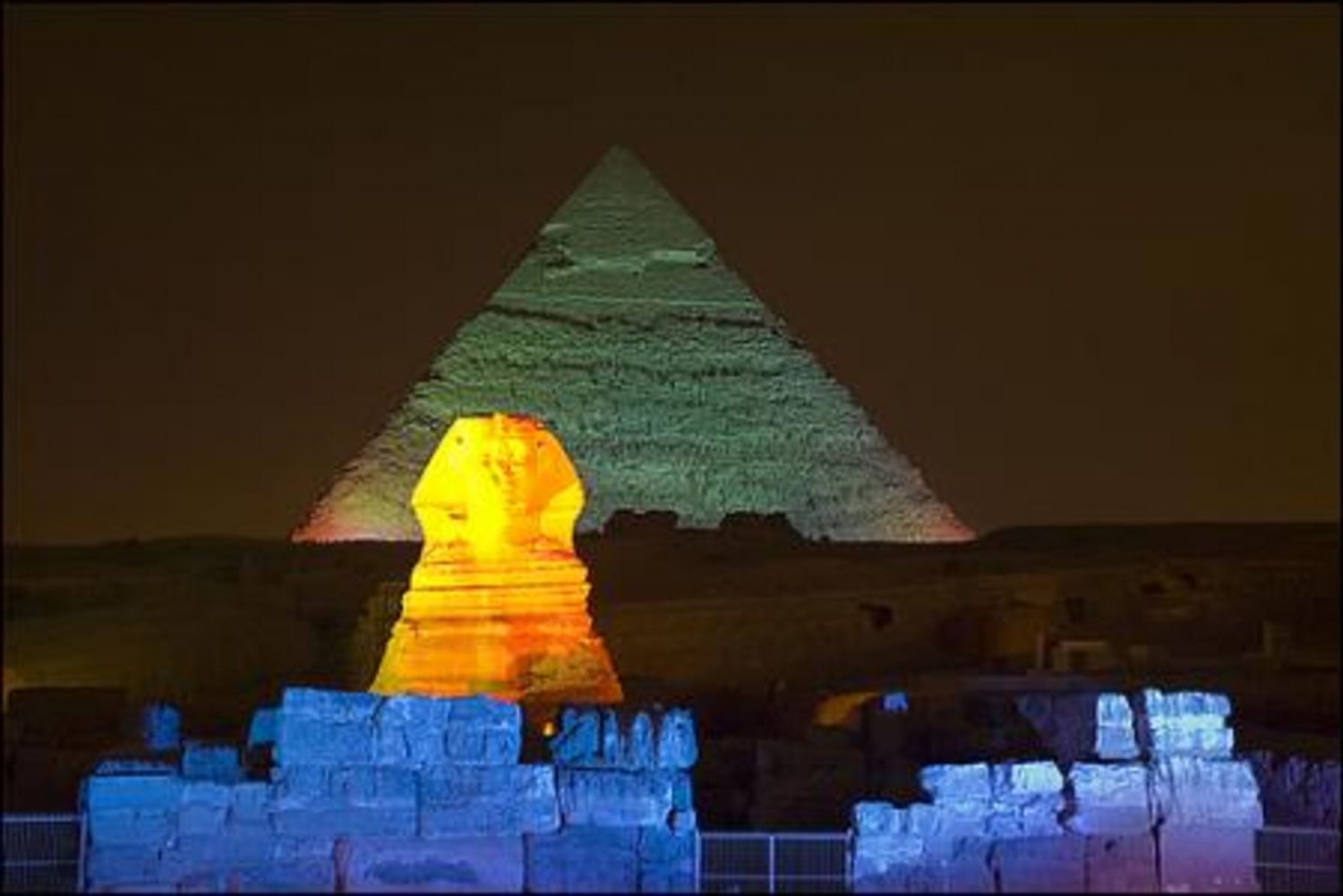 Giza Pyramids Sound and Light Show with Dinner