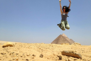 Pyramids, Museum & Bazaar Private Tour with Entrance & Lunch