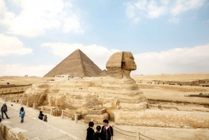 Pyramids of Giza and Great Sphinx: Private Half-Day Tour