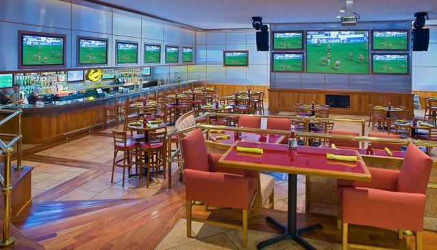 Champions Sport Bar Cancun