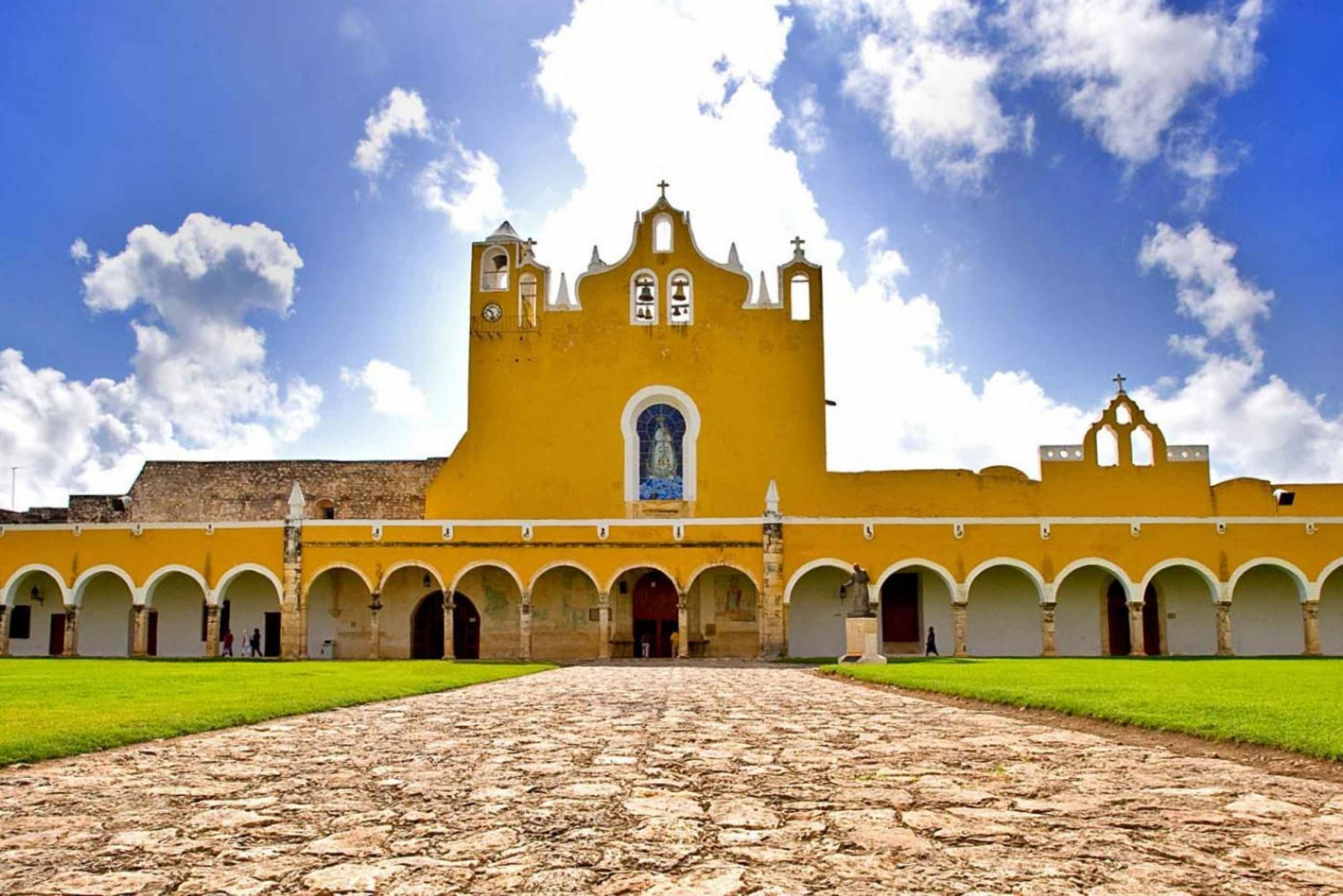 Cuzama Jungle, Cenotes & Izamal Tour with Lunch & Transport