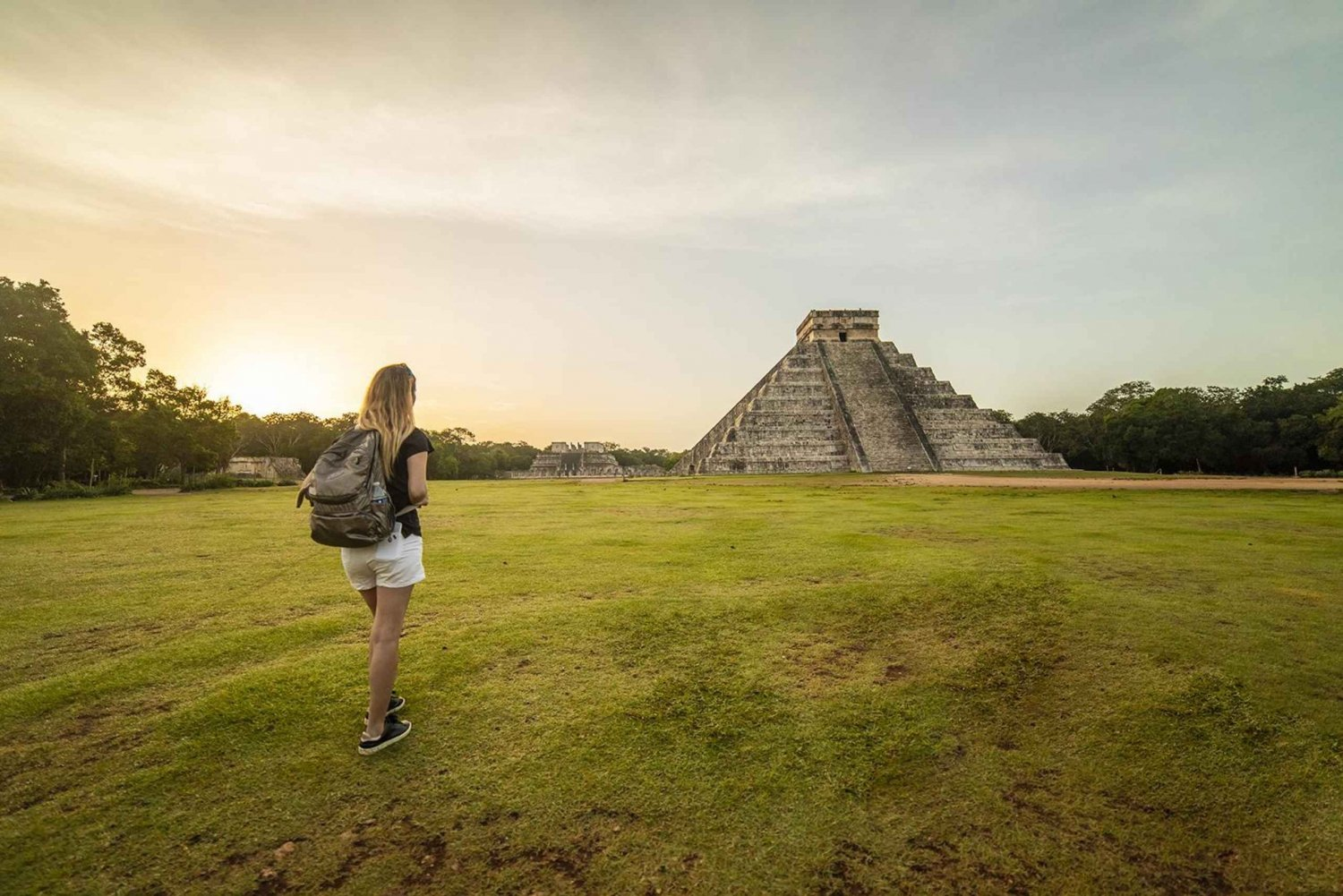 Full-Day Chichen Itza & Hospitality Suite