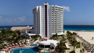 Krystal Cancun Hotel