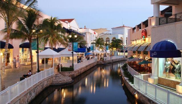 La Isla Shopping Centre