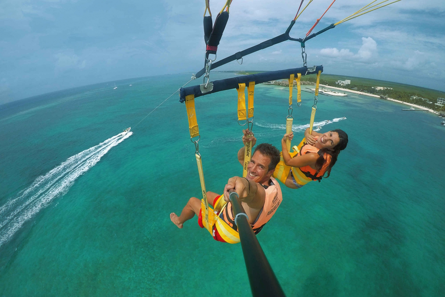 Parasailing Adventure in Cancun & Playa del Carmen