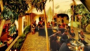 Raya Lounge