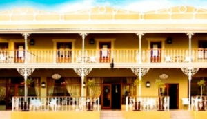 The Victorian 1906 Hotel