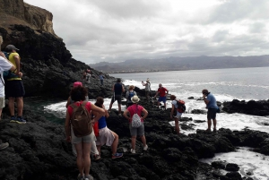 Santiago Island: Full-Day Sightseeing Experience