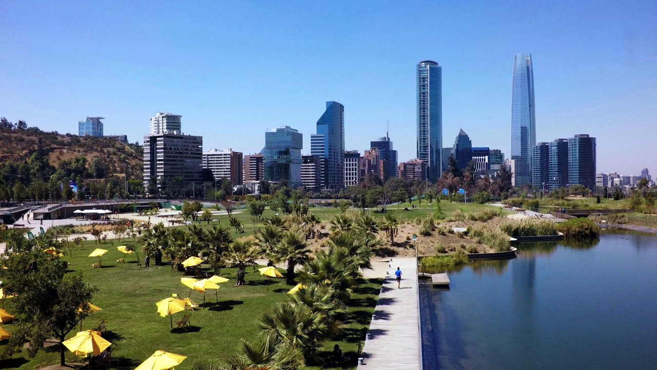 Experience - A day of shopping and fun in Santiago