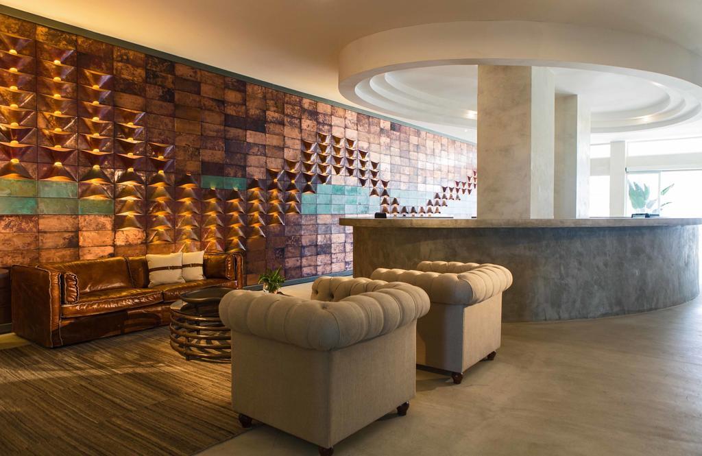 Hotel Gavina Sens & Conference Center