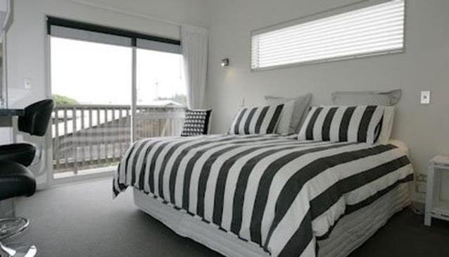 At The Beach Bed & Breakfast Christchurch