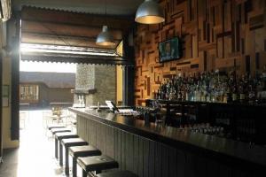 Groper Garage Bar & Restaurant  Kaikoura