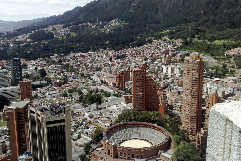 Bogota: Transfer from El Dorado Airport to your Hotel