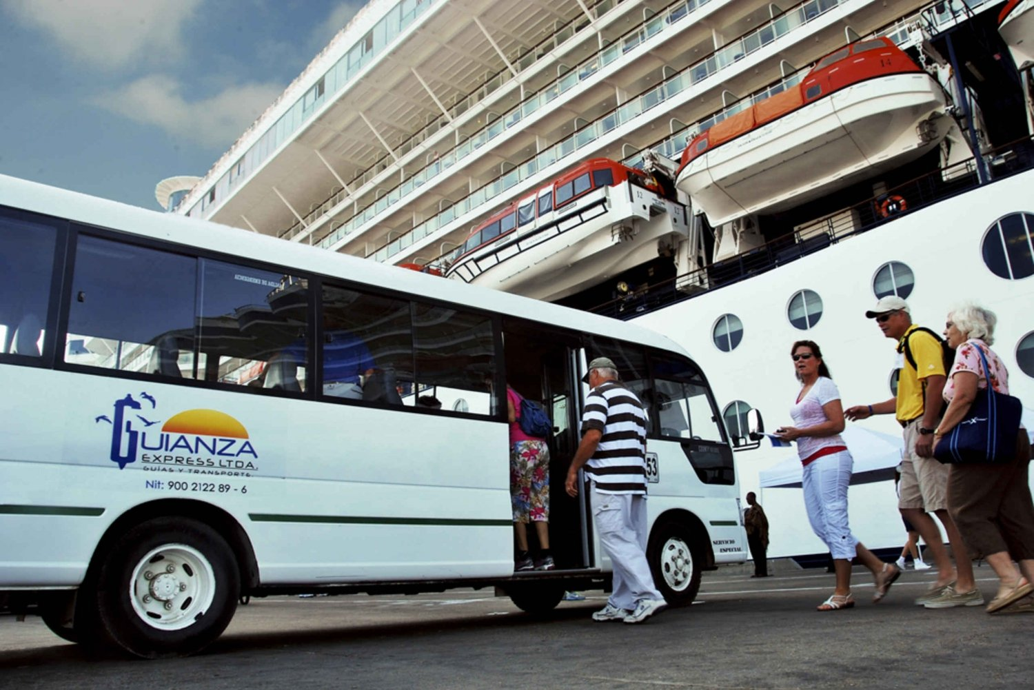 Cartagena City Tour: 4-Hour Cruise Excursion