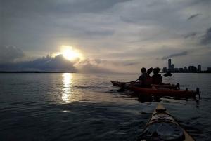 Cartagena: Sunset Sea Kayaking Tour