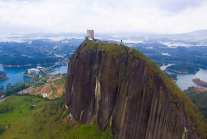From Medellin: Guatapé Full-Day Tour with Piedra del Peñol